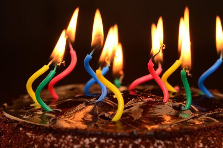עוגות יום הולדת למבוגרים